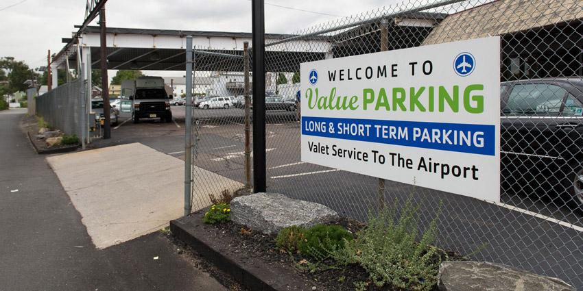 How Long Term Parking Near Newark Airport Works